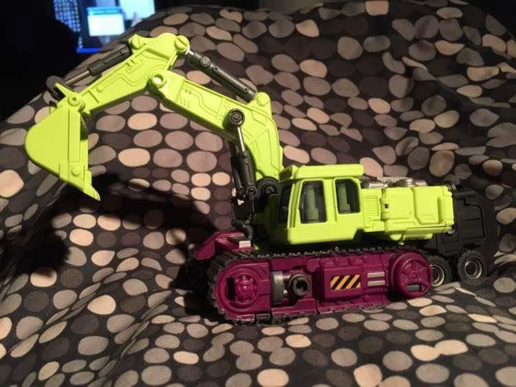 [Generation Toy] Produit Tiers - Jouet GT-01 Gravity Builder - aka Devastator/Dévastateur - Page 3 BCjdZW5n