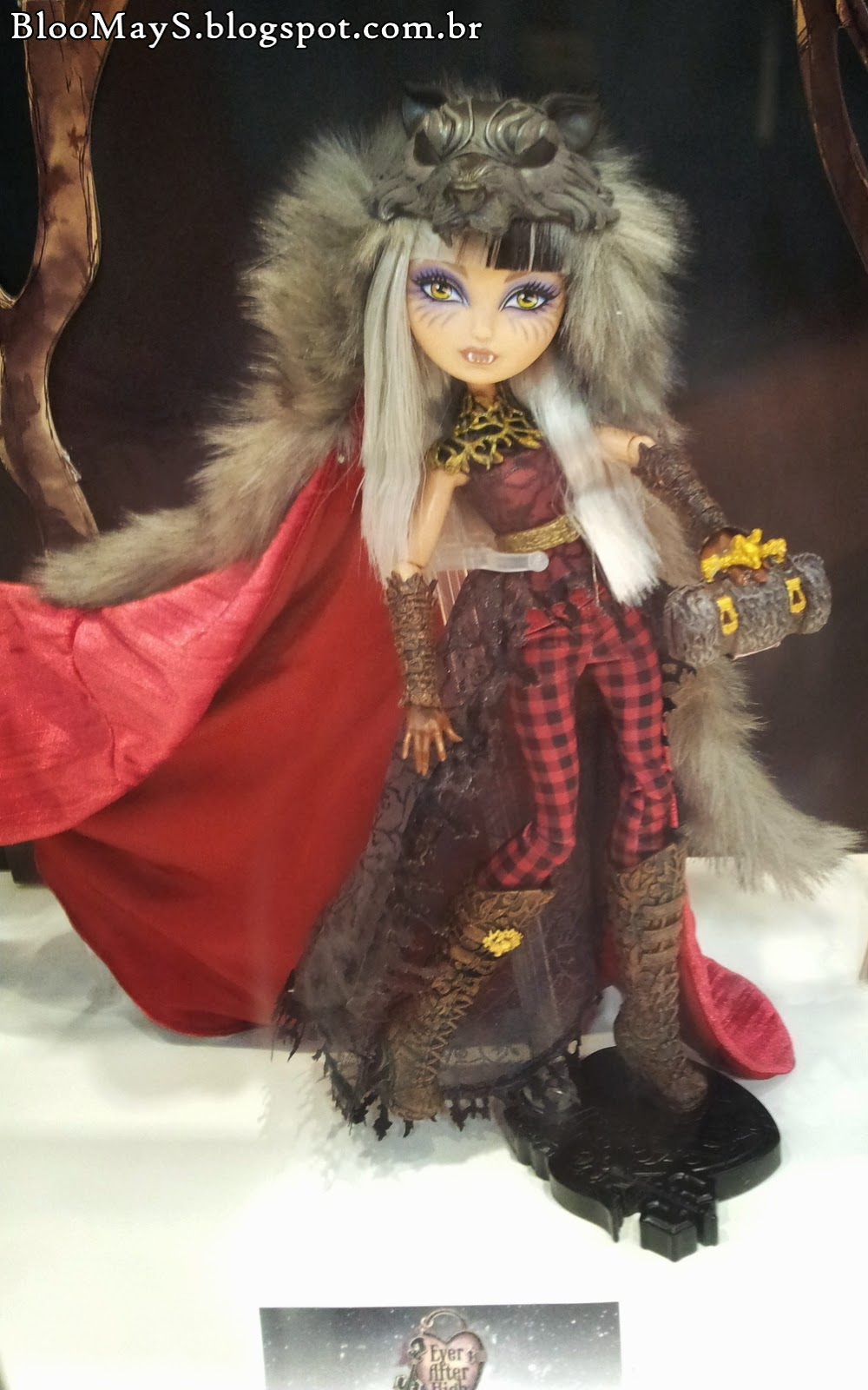 MATTEL : Ever After High - Page 5 BaUDEISw