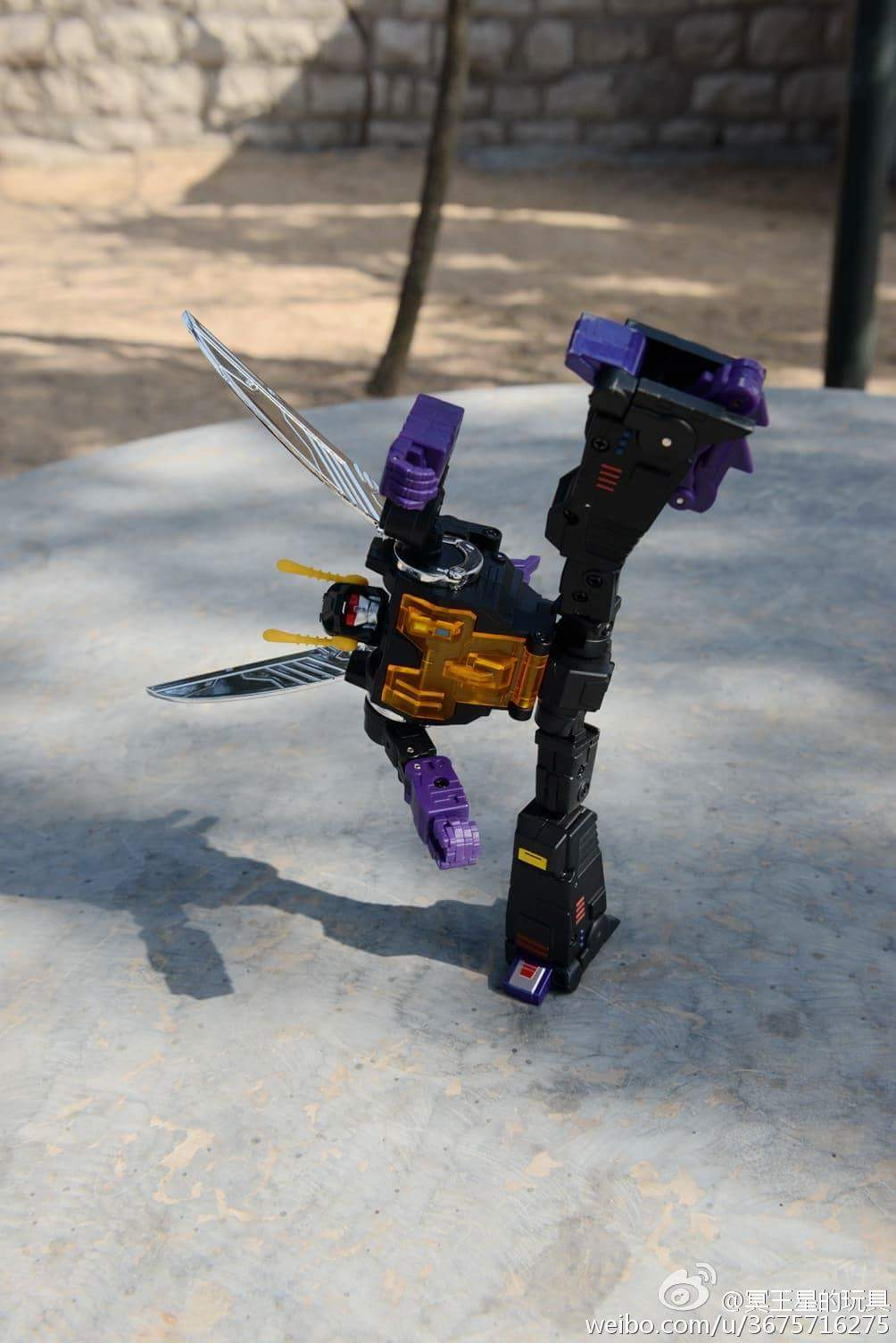[Fanstoys] Produit Tiers - Jouet FT-12 Grenadier / FT-13 Mercenary / FT-14 Forager - aka Insecticons - Page 3 Bwi0wKKw