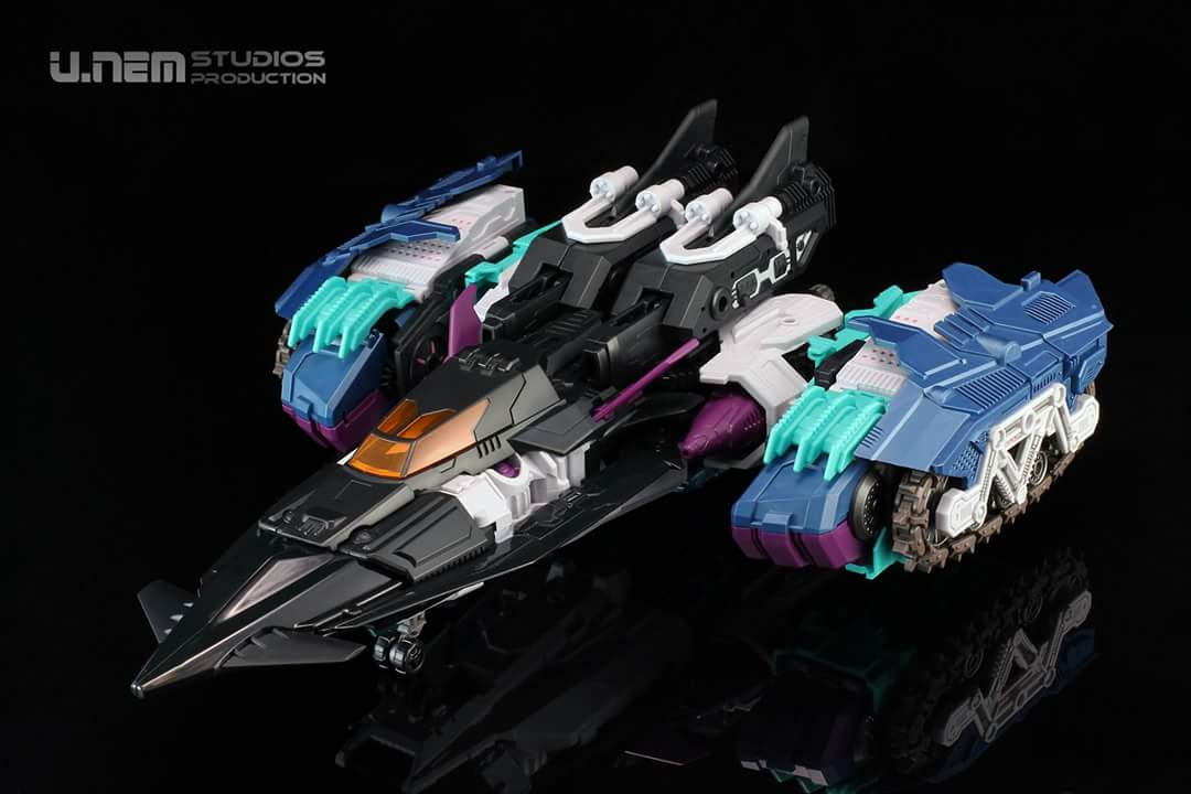 [Mastermind Creations] Produit Tiers - R-17 Carnifex - aka Overlord (TF Masterforce) - Page 3 DZW1uQqR