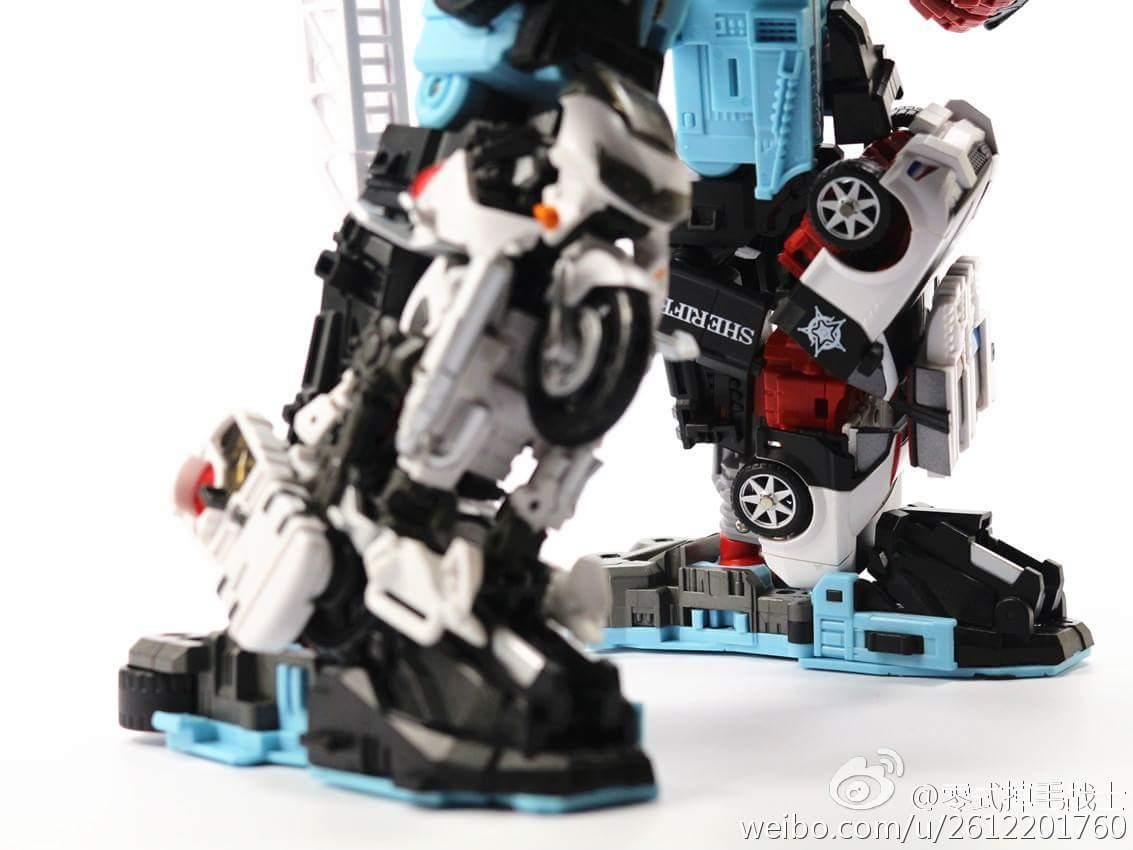 [MakeToys] Produit Tiers - Jouet MTCM-04 Guardia (aka Protectobots - Defensor/Defenso) - Page 4 ESEtVnpy