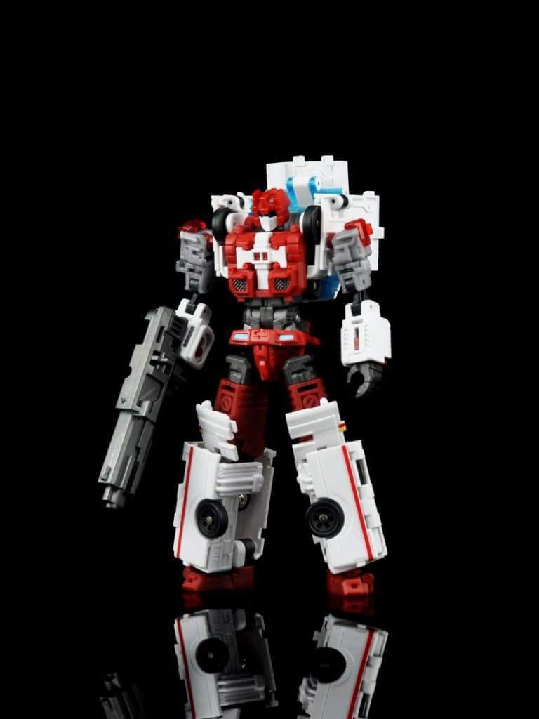 [MakeToys] Produit Tiers - Jouet MTCM-04 Guardia (aka Protectobots - Defensor/Defenso) - Page 2 Fec5gA9G