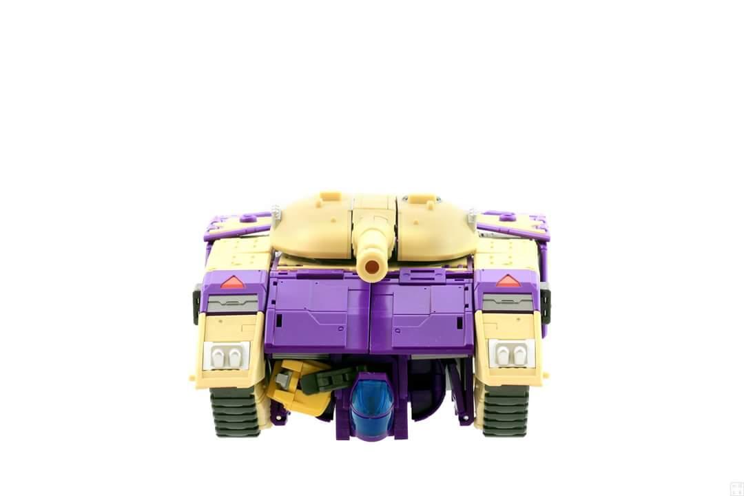 [DX9 Toys] Produit Tiers D-08 Gewalt - aka Blitzwing/Le Blitz - Page 2 GDxwKiFk