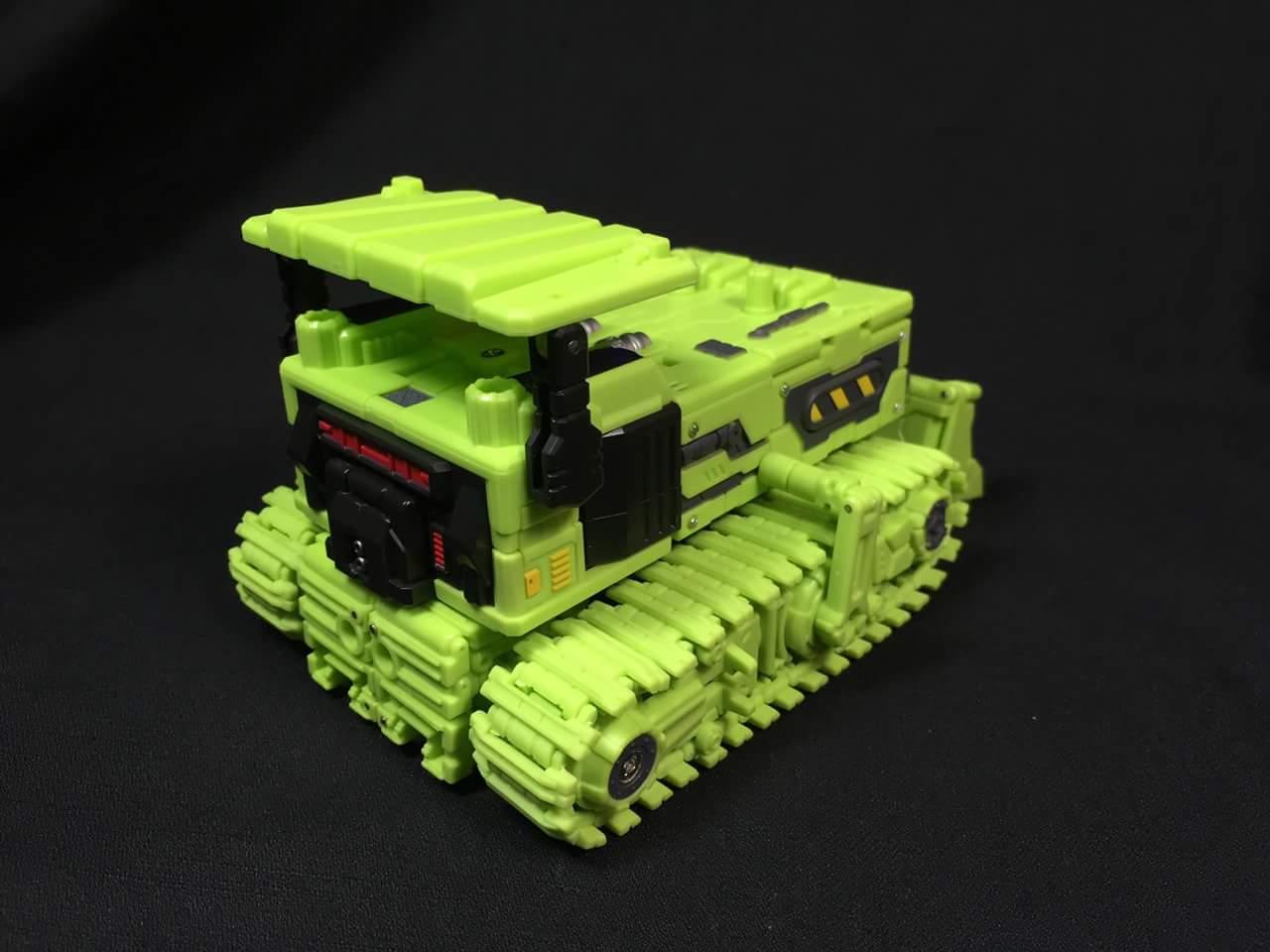 [Toyworld] Produit Tiers - Jouet TW-C Constructor aka Devastator/Dévastateur (Version vert G1 et jaune G2) - Page 3 GZslnpAZ