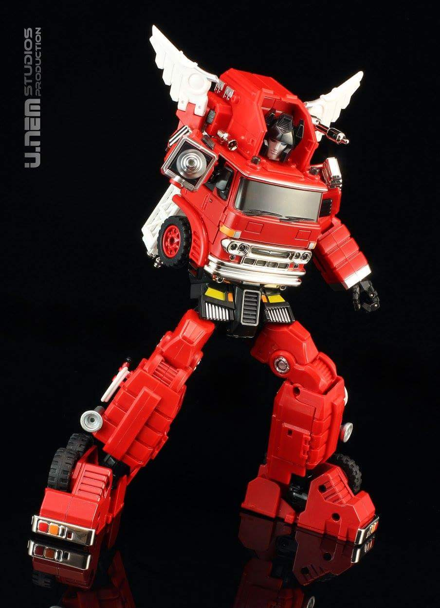 [Ocular Max] Produit Tiers - Jouet PS-03 Backdraft (aka Inferno) + PS-08 Kojin (aka Artfire) - Page 2 GebTosn3
