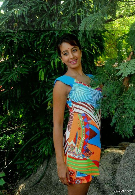 Tollywood Actress Sanjjanaa Photo Gallery HzPfNBq6