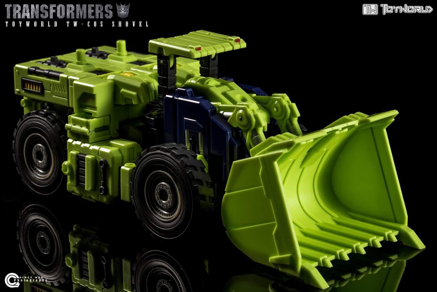 [Toyworld] Produit Tiers - Jouet TW-C Constructor aka Devastator/Dévastateur (Version vert G1 et jaune G2) - Page 4 IXZxr0XY