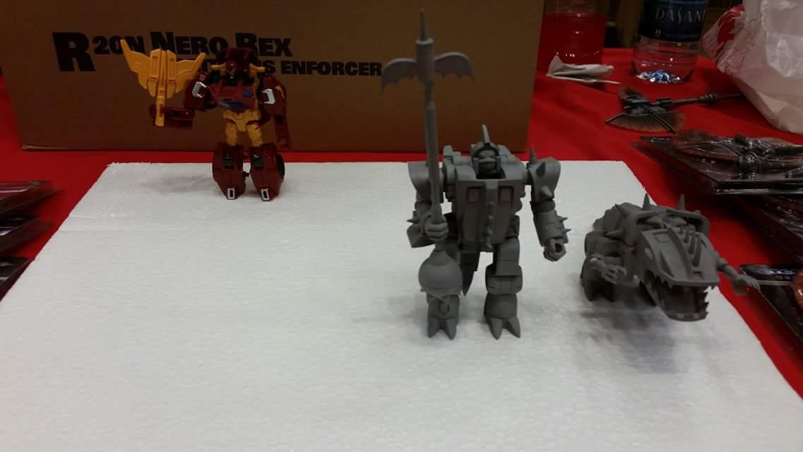 Produit Tiers: [Corbot V] CV-002 Mugger - aka Allicon   [Unique Toys] G-02 Sharky - aka Sharkticon/Requanicon JIXLXCPE