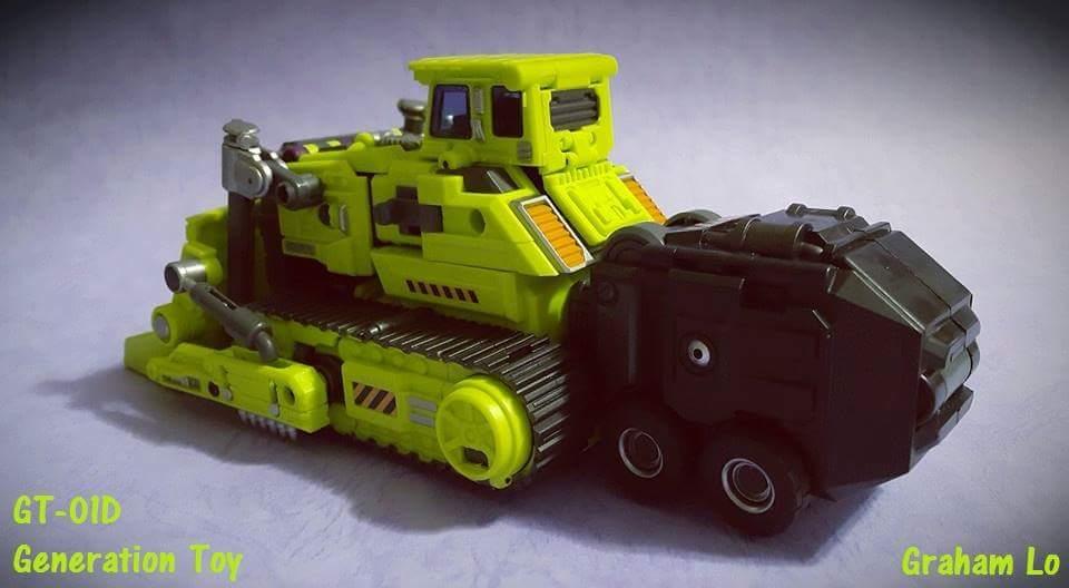 [Generation Toy] Produit Tiers - Jouet GT-01 Gravity Builder - aka Devastator/Dévastateur - Page 3 MUiMMd1a