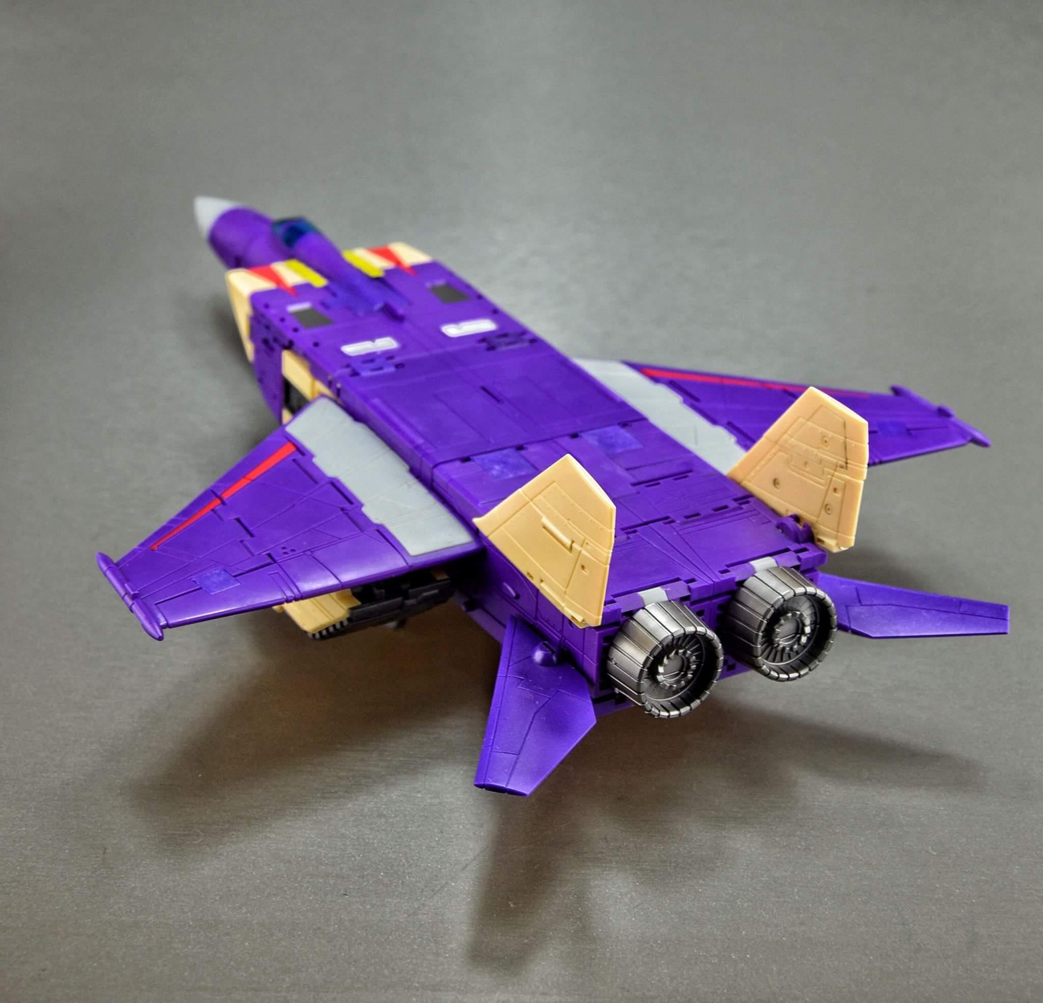 [DX9 Toys] Produit Tiers D-08 Gewalt - aka Blitzwing/Le Blitz - Page 2 MoKSD31D