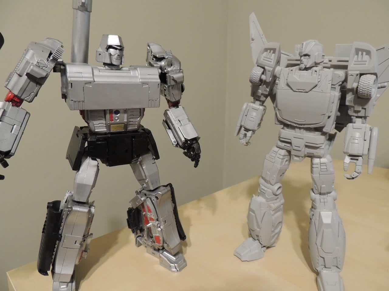 [DX9 Toys] Produit Tiers - Jouet D-06 Carry aka Rodimus et D-06T Terror aka Black Rodimus ONC8CdFV
