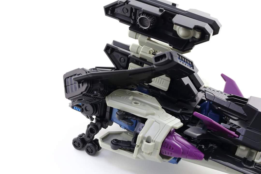 [Mastermind Creations] Produit Tiers - R-17 Carnifex - aka Overlord (TF Masterforce) - Page 3 PEjpFHpA