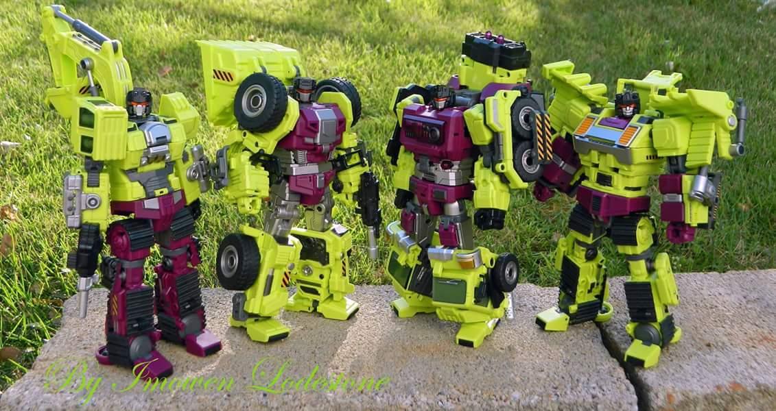 [Generation Toy] Produit Tiers - Jouet GT-01 Gravity Builder - aka Devastator/Dévastateur - Page 4 RE765ATz