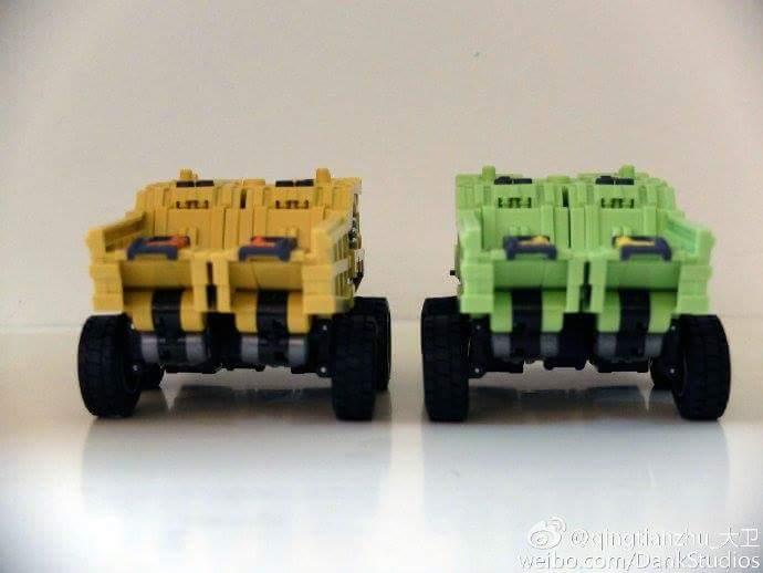 [Toyworld] Produit Tiers - Jouet TW-C Constructor aka Devastator/Dévastateur (Version vert G1 et jaune G2) - Page 8 RNI60gfu