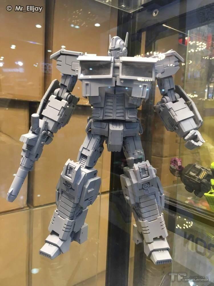[Generation Toy] Produit Tiers - Jouets TF de la Gamme GT - des BD TF d'IDW RPZk6Emv