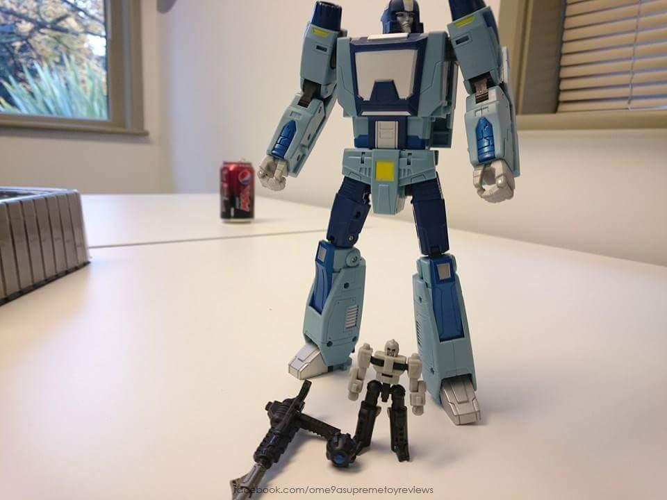 [Unique Toys] Produit Tiers - Jouet Y-02 Buzzing - aka Blurr/Brouillo Skw4iIa1