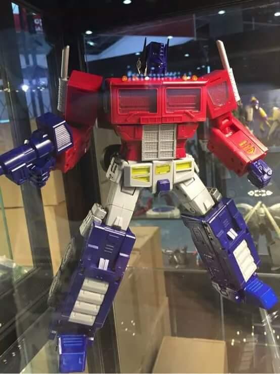 [ToyWorld][Zeta Toys] Produit Tiers - TW-M01 Primorion/Zeta-EX6O OriPrime et Zeta -EX6E EvaPrime - aka Optimus (G1 et Evangelion) Tp55LYEd