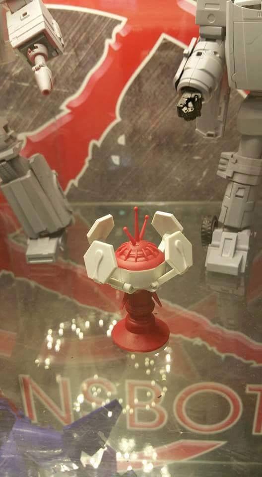 [X-Transbots] Produit Tiers - Jouet MX-X Paean - aka Hoist/Treuil UlitpV1B