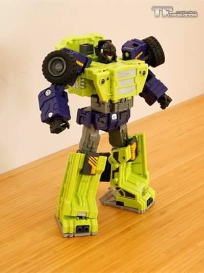 [Toyworld] Produit Tiers - Jouet TW-C Constructor aka Devastator/Dévastateur (Version vert G1 et jaune G2) - Page 8 UzwBx11h