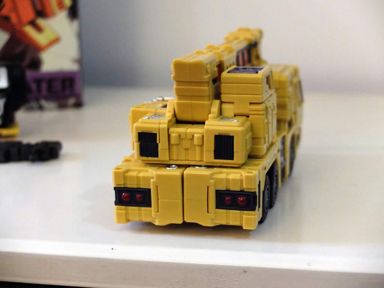 [Toyworld] Produit Tiers - Jouet TW-C Constructor aka Devastator/Dévastateur (Version vert G1 et jaune G2) - Page 8 VZYTrf9x