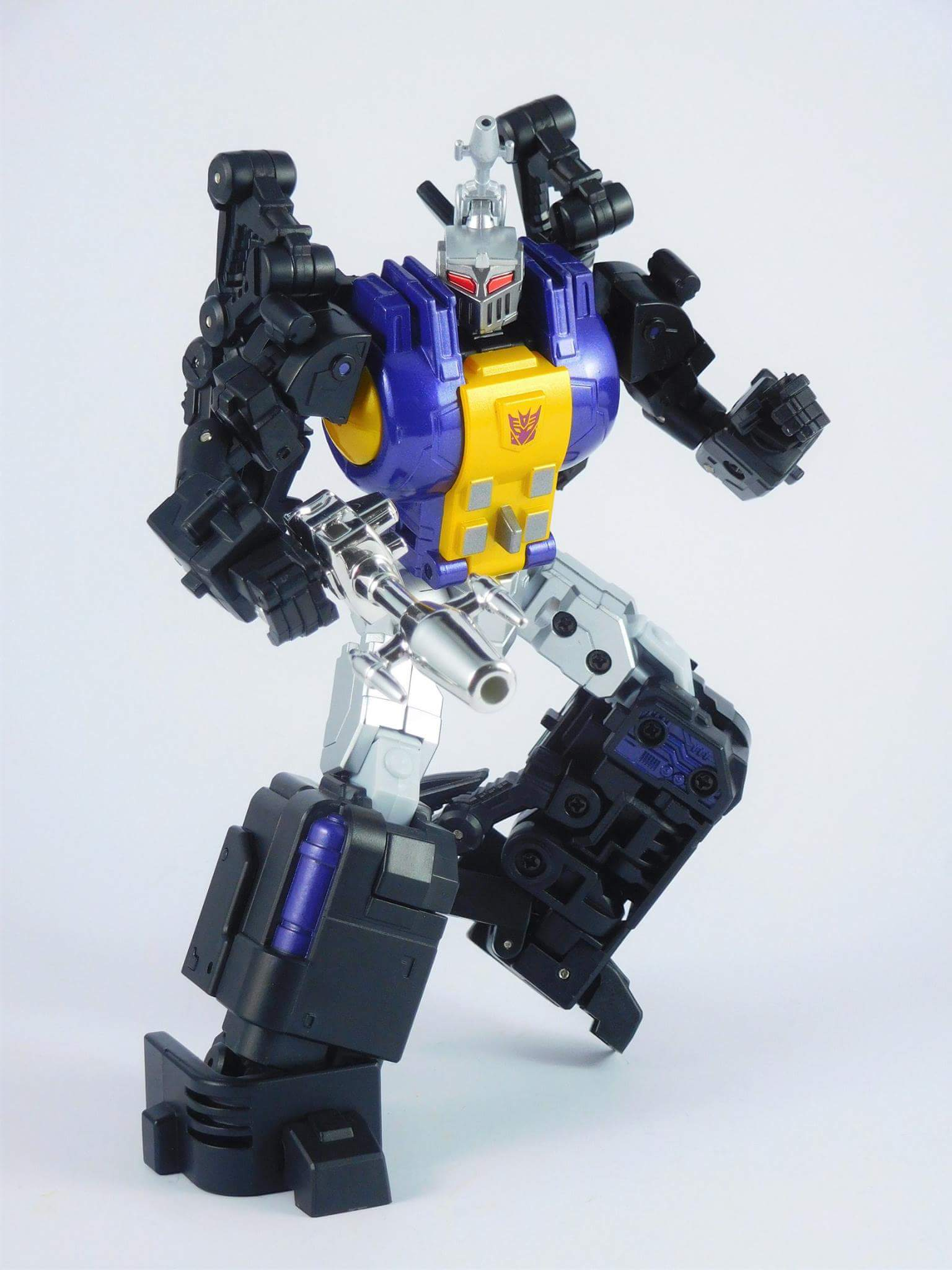 [Fanstoys] Produit Tiers - Jouet FT-12 Grenadier / FT-13 Mercenary / FT-14 Forager - aka Insecticons - Page 4 VquWB31t