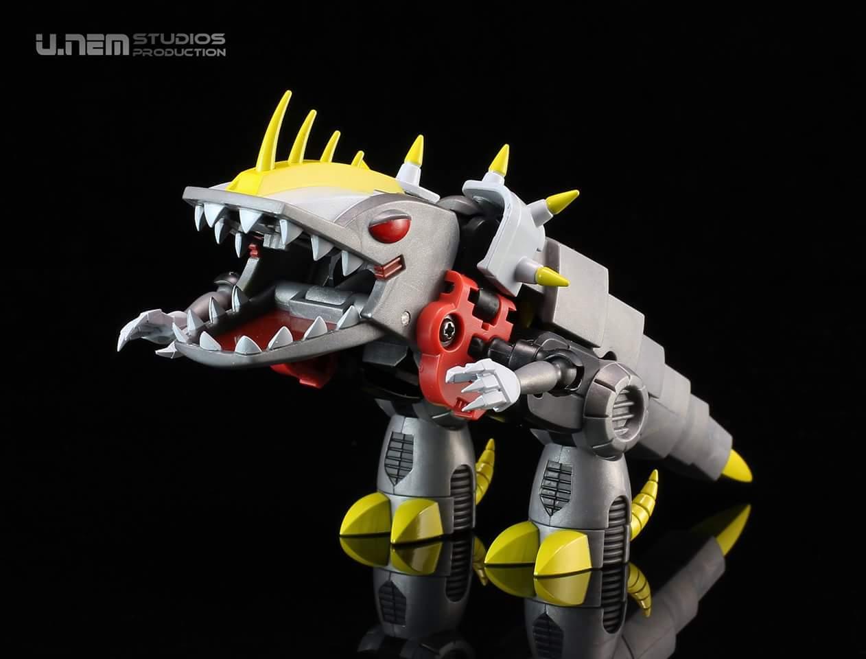 Produit Tiers: [Corbot V] CV-002 Mugger - aka Allicon   [Unique Toys] G-02 Sharky - aka Sharkticon/Requanicon W8YMb0pM