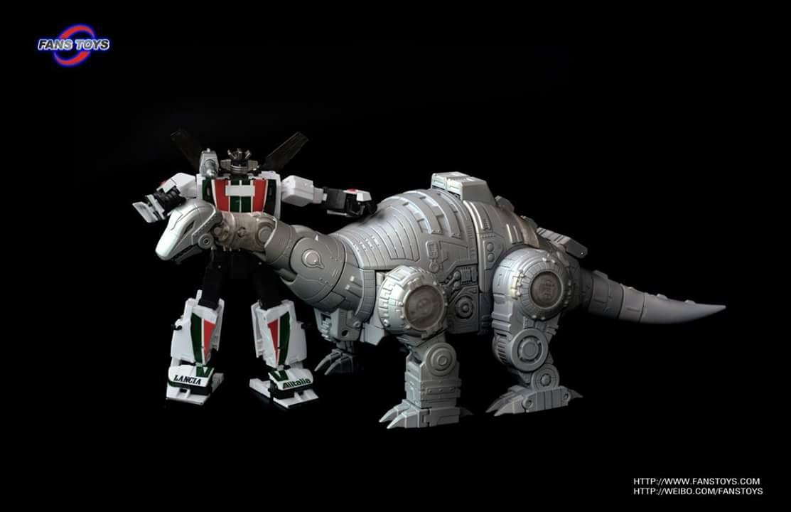 [Fanstoys] Produit Tiers - Dinobots - FT-04 Scoria, FT-05 Soar, FT-06 Sever, FT-07 Stomp, FT-08 Grinder - Page 5 WadH1fMs