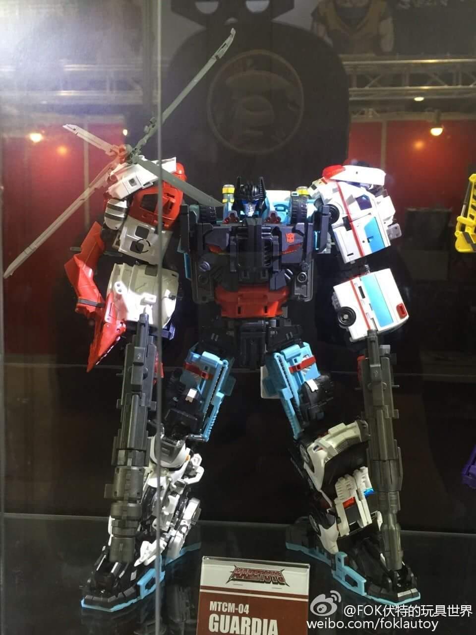 [MakeToys] Produit Tiers - Jouet MTCM-04 Guardia (aka Protectobots - Defensor/Defenso) - Page 4 Y07DwrNu