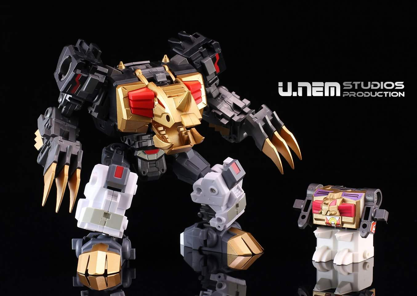 [FansProject] Produit Tiers - Jouet Saurus Ryu-oh aka Dinoking (Victory) | Monstructor (USA) - Page 2 YeJl23le