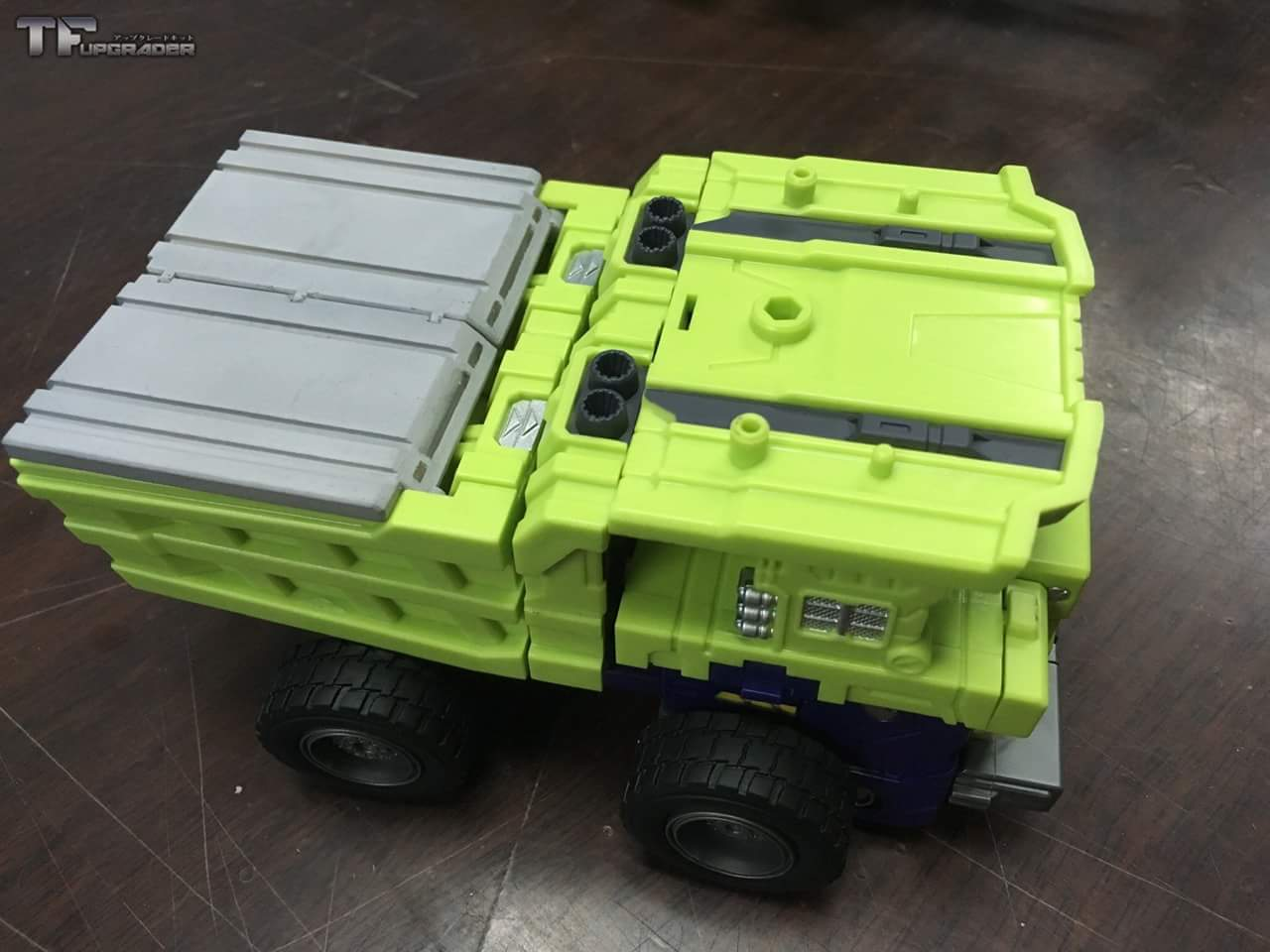 [Toyworld] Produit Tiers - Jouet TW-C Constructor aka Devastator/Dévastateur (Version vert G1 et jaune G2) - Page 8 Z6WbkxjR