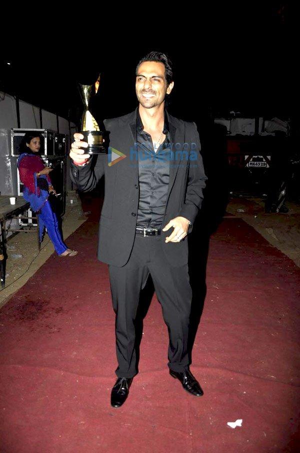 imágenes de algunos de los ganadores e invitados Awards 2011 Still30