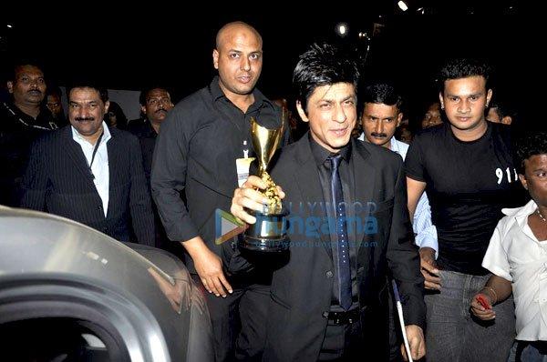 imágenes de algunos de los ganadores e invitados Awards 2011 Still64