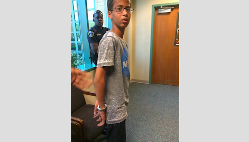 HOAX EXPOSED RE: Texas High School Has Muslim Teenager Arrested for Building a Clock  1433026393311790739