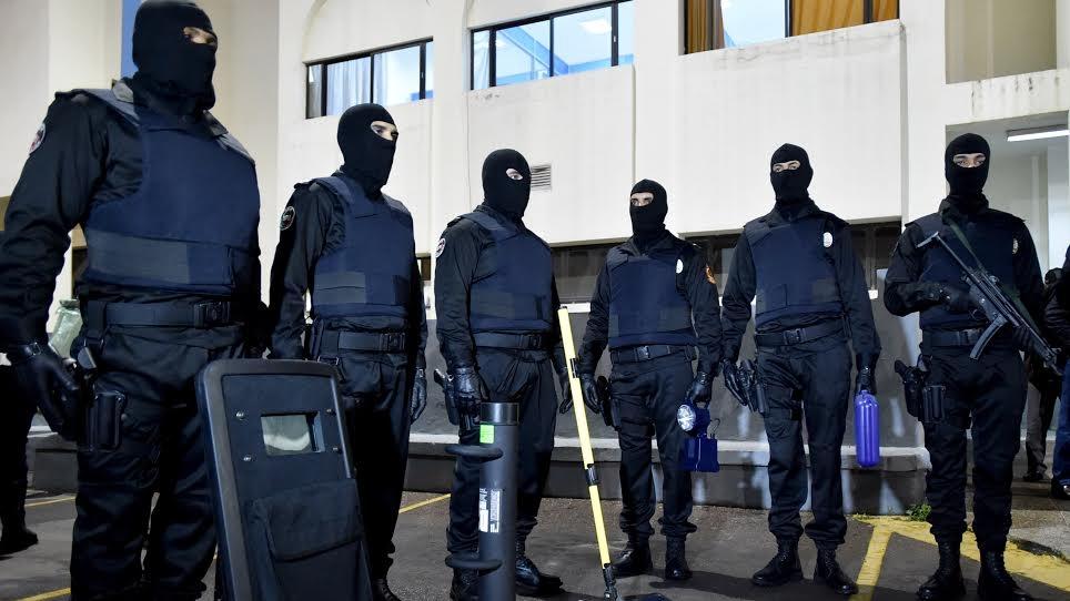 Moroccan Special Forces/Forces spéciales marocaines  :Videos et Photos : BCIJ, Gendarmerie Royale ,  - Page 9 Police_tenue_6