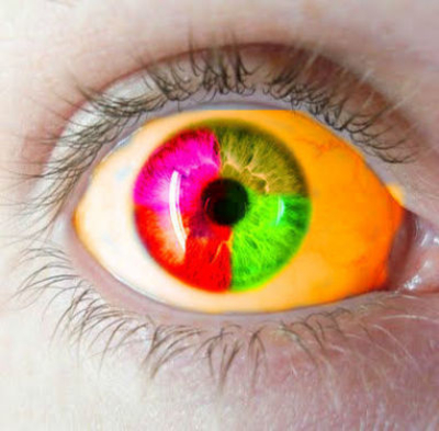 """Ojos verdes son traidores, azules son mentireiros...  marrones y acastañados son firmes y verdadeiros..."" - Página 5 419433a596c7e0c7fc854294076b019f"