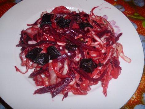 """Салат """"Корейские мотивы""""  с капустой, свеклой, грибами P1020685_1__500"""
