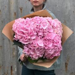 Где заказать цветы на День рождение? 407_1_240