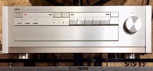 Срочно! Продам топовый усилитель Yamaha A2000A в супер-идеальном состоянии Yamaha_2_500