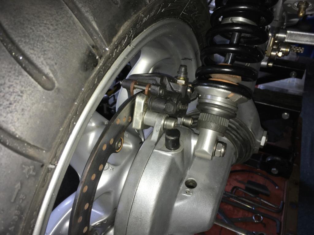 Rear wheel modification -  K1200 or K1100 on the K100? 00213