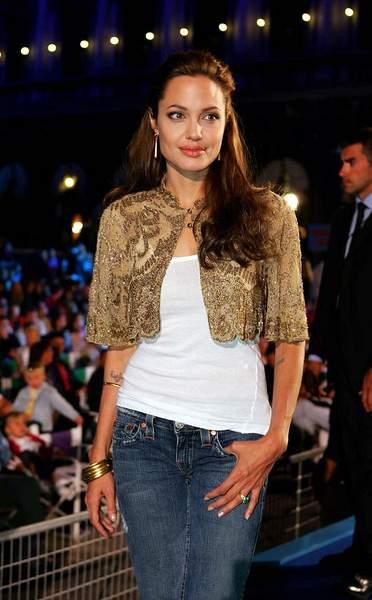 Angelina Jolie slike Angelina_jolie-28