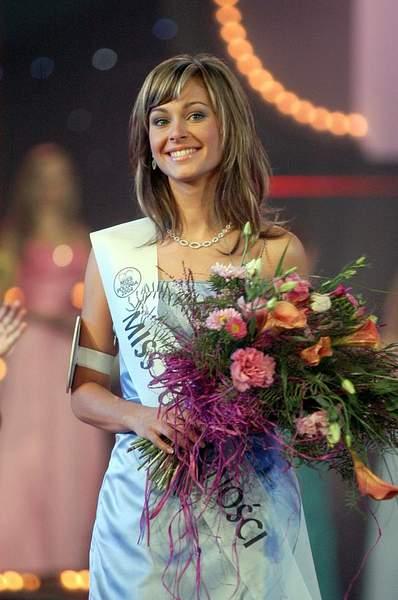 Katarzyna Weronika Borowicz - Miss Earth Water 2005 (Poland) Misspolonia25