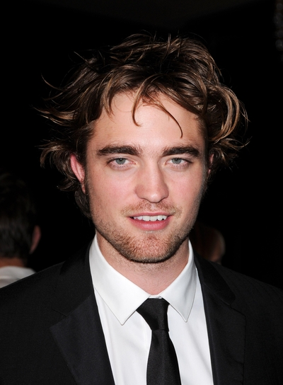 Robert Pattinson, semplicemente ROB - Pagina 9 Przystojniacy_ALLONS_531266_Robert_Pattinson_01