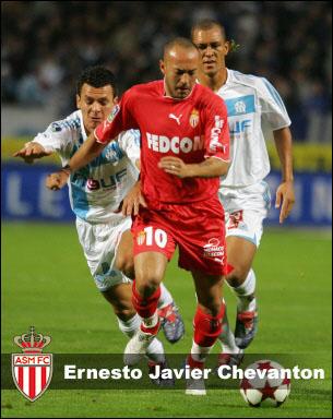 Football : Saison 2005/2006 Chevanton_monaco_duze
