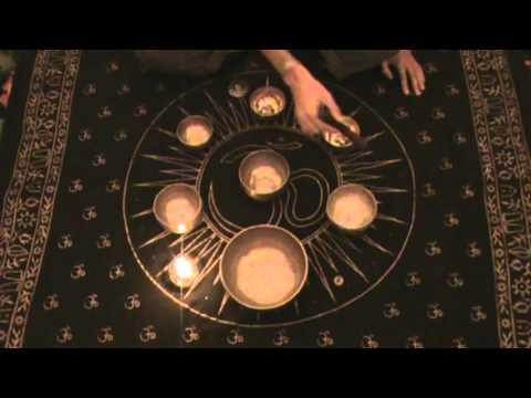 Поющая чаша. Магия. Как поют тибетские чаши. Очищение от негатива. Видео. Фото.   Hqdefault