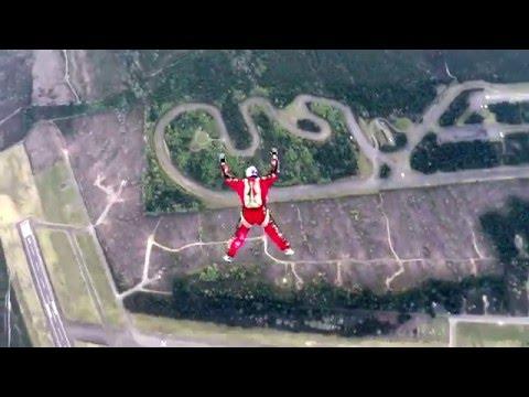 Un Américain va tenter un saut de 7.620 mètres sans parachute Hqdefault