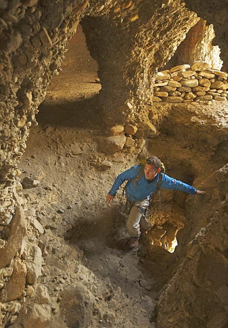 One of the World's Greatest Archaeological Mysteries has been Discovered Deep within the Himalayas in Nepal Image%2B9