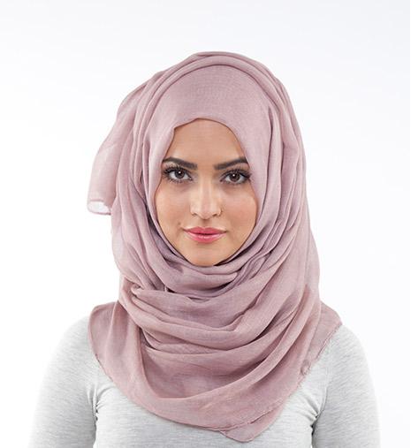 لفات حجاب أنيقة رغم بساطتها 0902130647011504658250