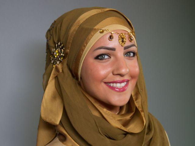 أحدث وأجمل لفات حجاب بسيطة وأنيقة 7079c3761ba9ead1cc52aeac2c1b071f1f378069