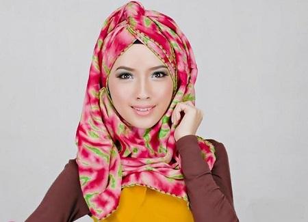 أحدث وأجمل لفات حجاب بسيطة وأنيقة ZfwJYkc