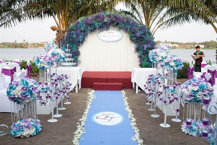 Thiết kế sân khấu đám cưới đẹp, chuyên nghiệp San-khau-dam-cuoi-ngoai-troi